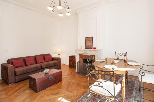 Luxembourg apartment Paris